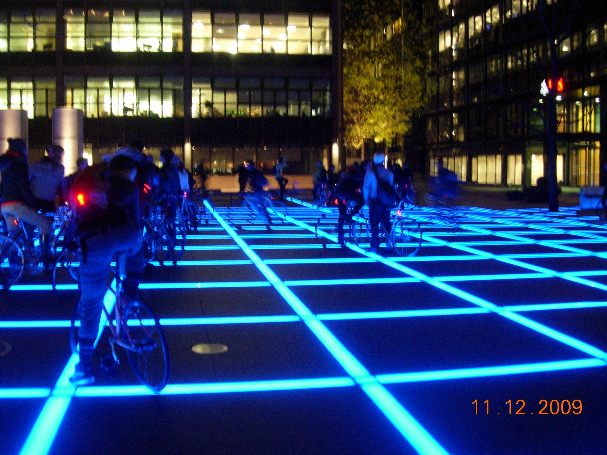 Tron sq, 2009.jpeg
