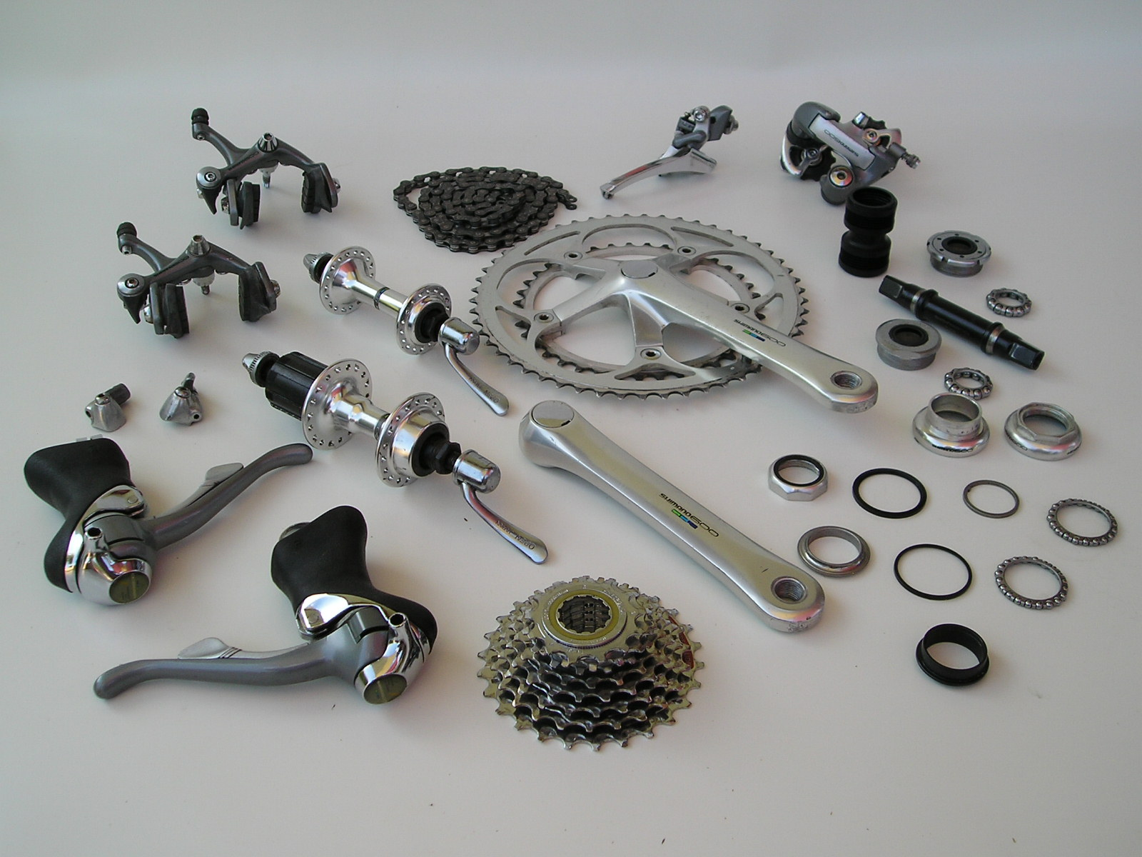 Sti For Sale >> For Sale: Shimano 600 tricolor groupset with STI 8 speed ...