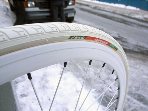 16948d1257289804-white_vittoria_randonneur_tires_at_chari1.jpg