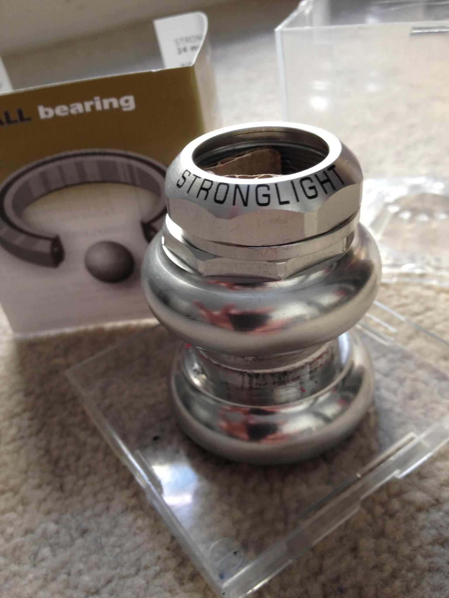 "Stronglight A9 1"" Threaded Headset with Sealed Bearings"