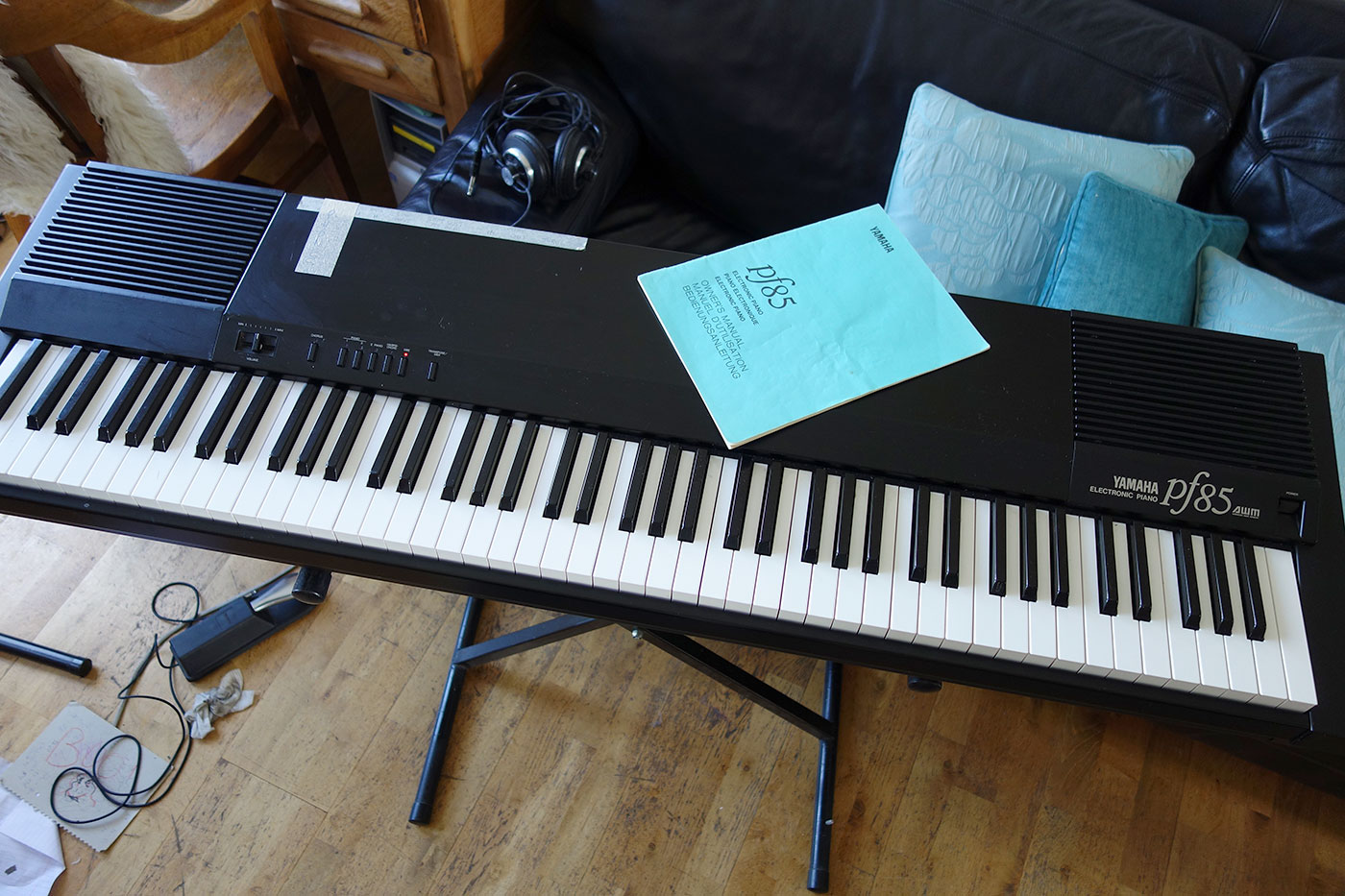 For Sale: OT: Yamaha PF85 + Technics C300 Digital Piano